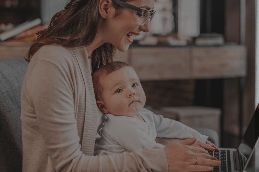 Working mom vs. SAHM: it doesn't have to be such a black and white decision